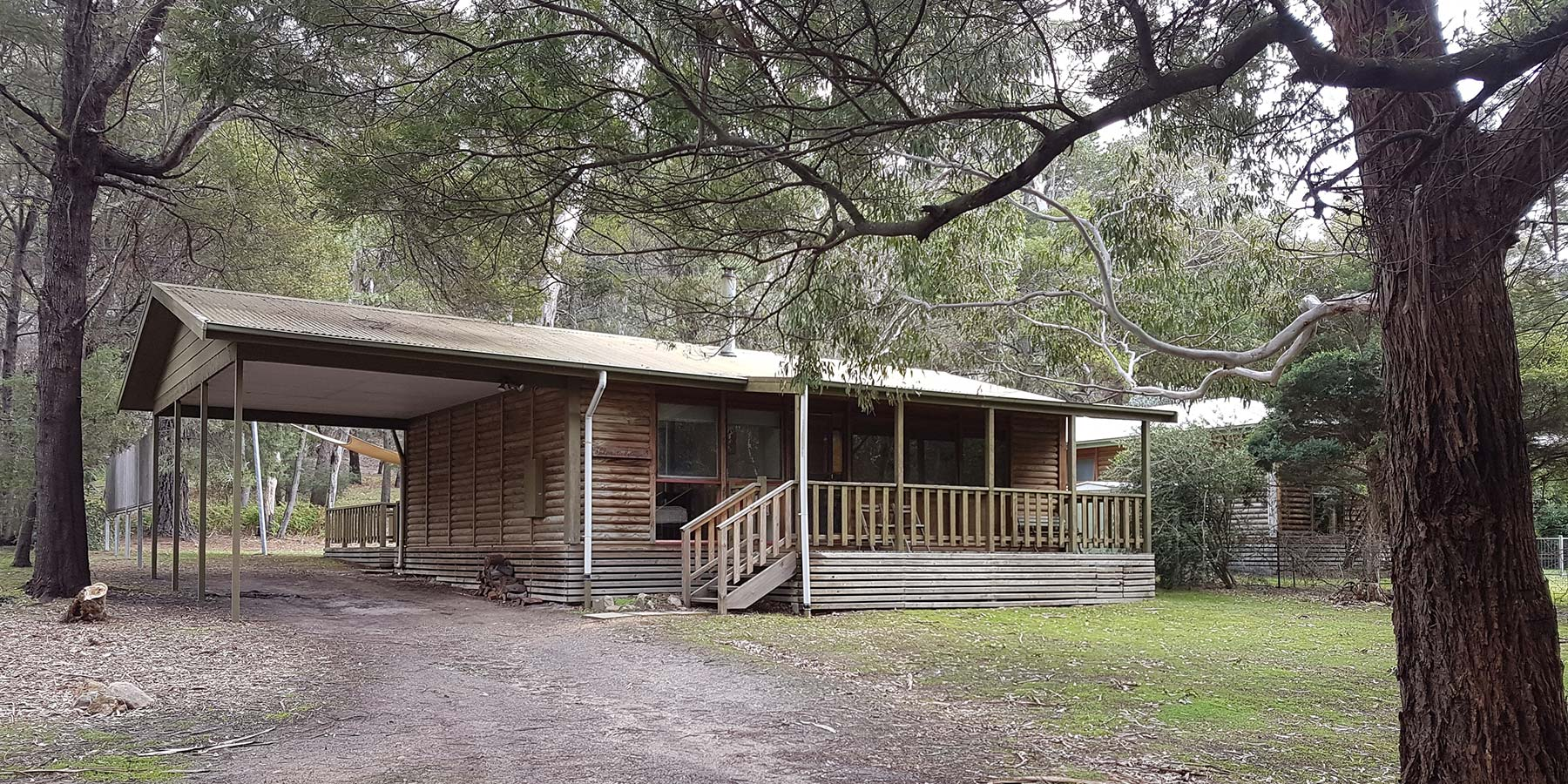 Clematis Cottage Halls Gap